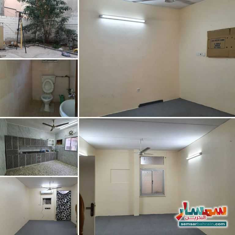Ad Photo: Building 370 sqm semi finished in Isa Town  Al Wusta