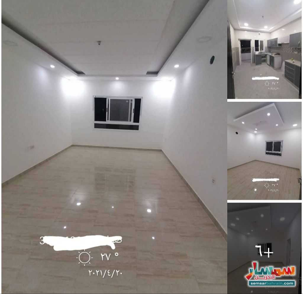 Ad Photo: Apartment 4 bedrooms 3 baths 250 sqm super lux in Bahrain