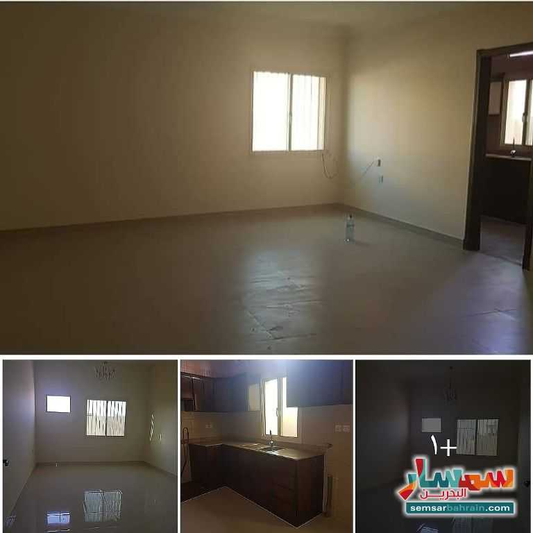 Ad Photo: Apartment 2 bedrooms 2 baths 100 sqm lux in Bahrain