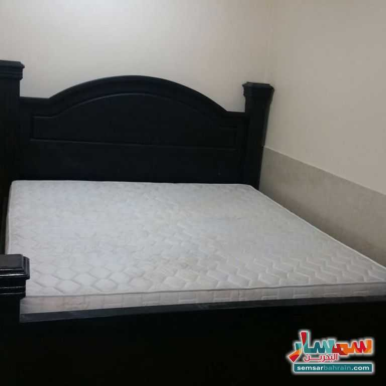 Ad Photo: Apartment 2 bedrooms 1 bath 300 sqm lux in Sanabis  Al Asimah