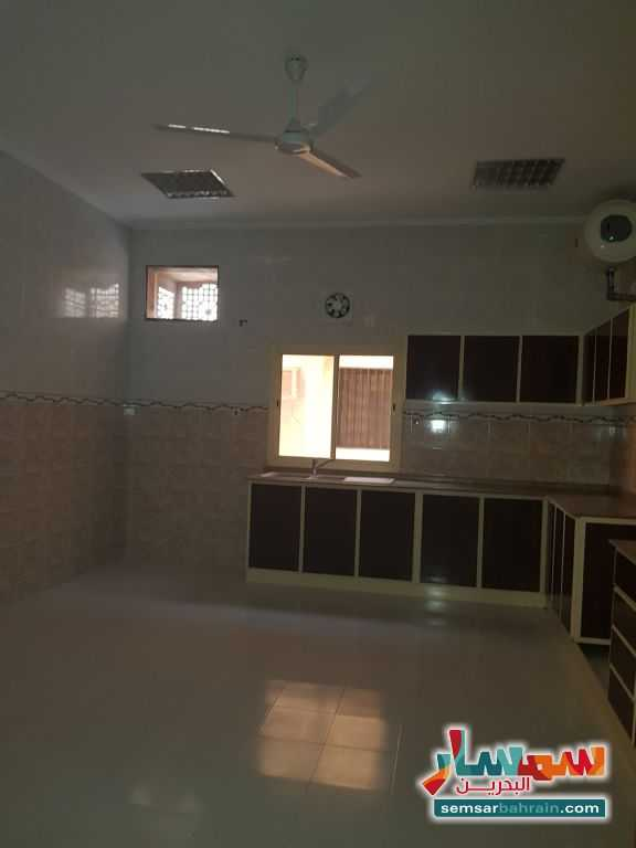 Ad Photo: Apartment 3 bedrooms 2 baths 180 sqm super lux in Arad  Al Muharraq