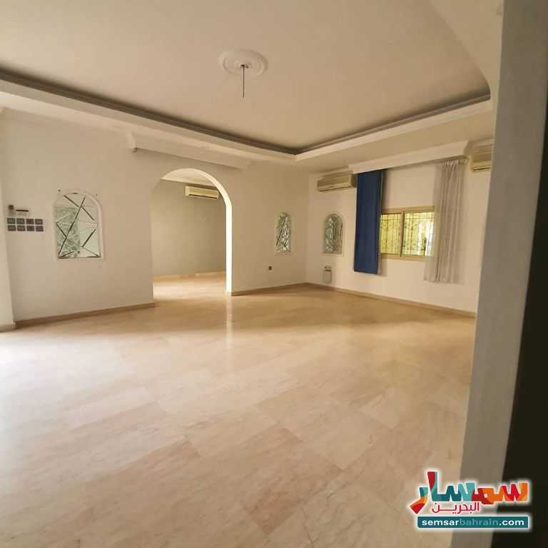 Ad Photo: Villa 8 bedrooms 7 baths 365 sqm super lux in Eastern Riffa  Al Janubiyah
