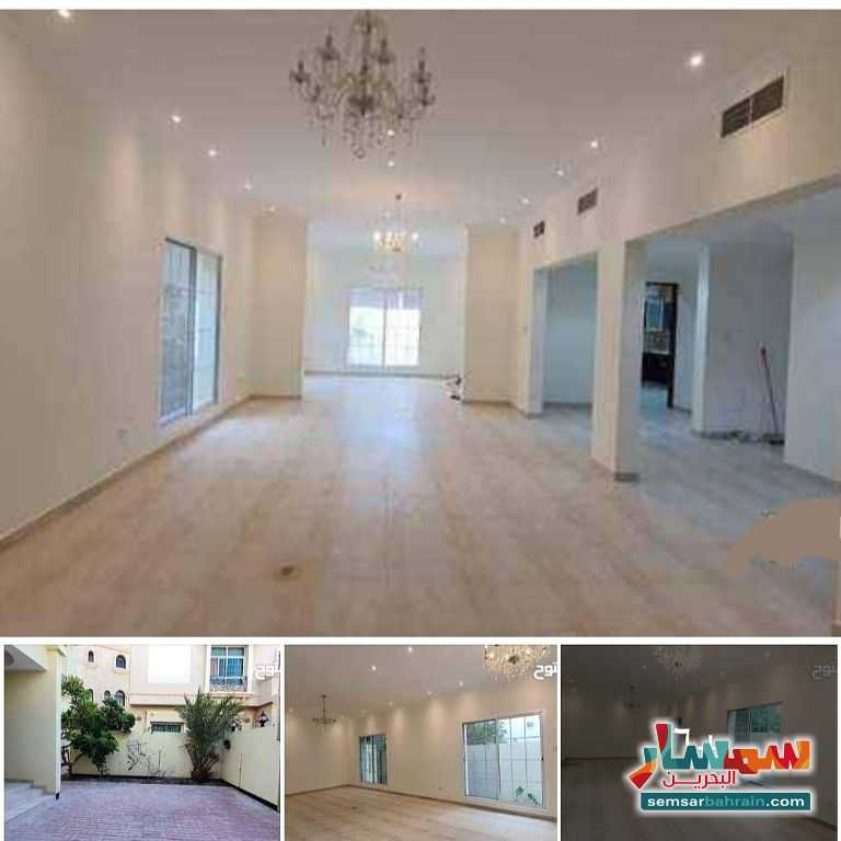 Ad Photo: Villa 6 bedrooms 6 baths 500 sqm lux in Busaiteen  Al Muharraq