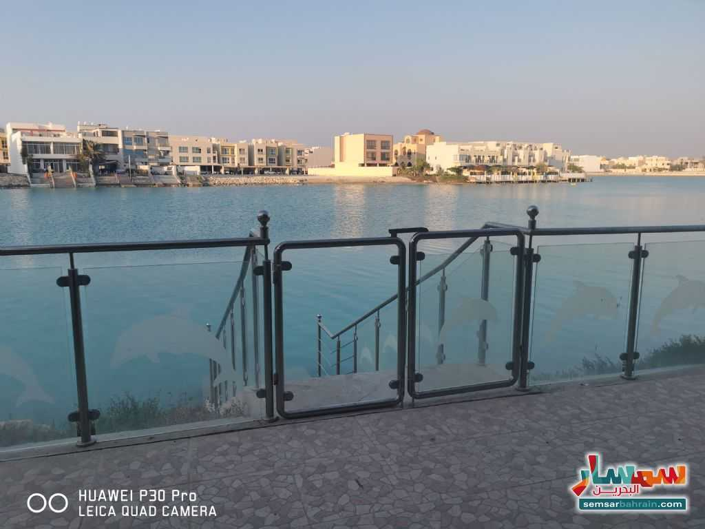 Ad Photo: Villa 4 bedrooms 7 baths 500 sqm super lux in Amwaj Islands  Al Muharraq