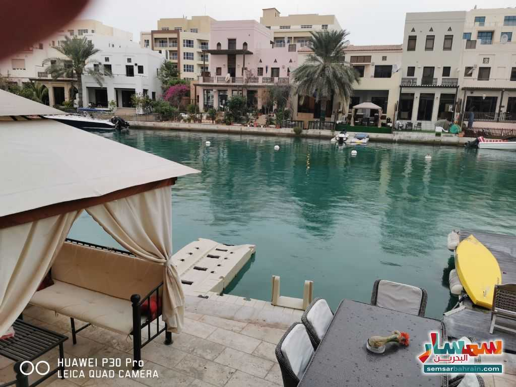 Ad Photo: Villa 4 bedrooms 5 baths 300 sqm lux in Amwaj Islands  Al Muharraq
